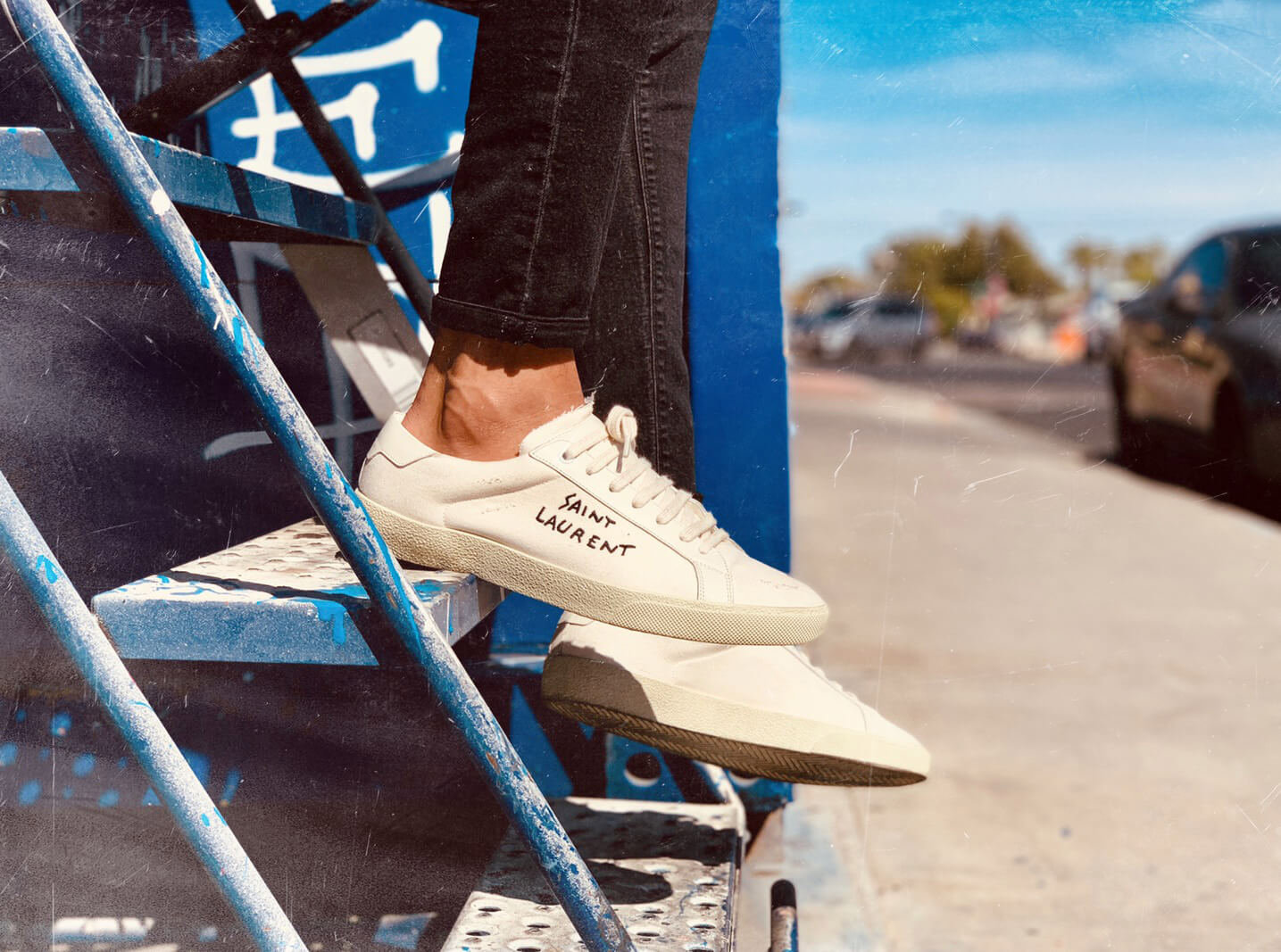 The Best Ways For Men To Wear White Sneakers Everyday