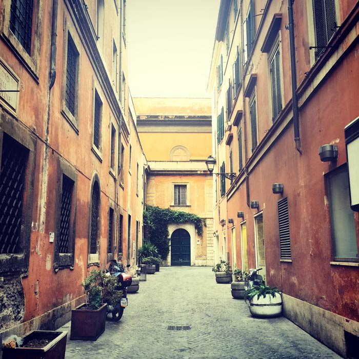 Rue typique de Rome