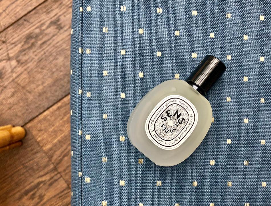 Parfum pour les cheveux diptyque eau des sens