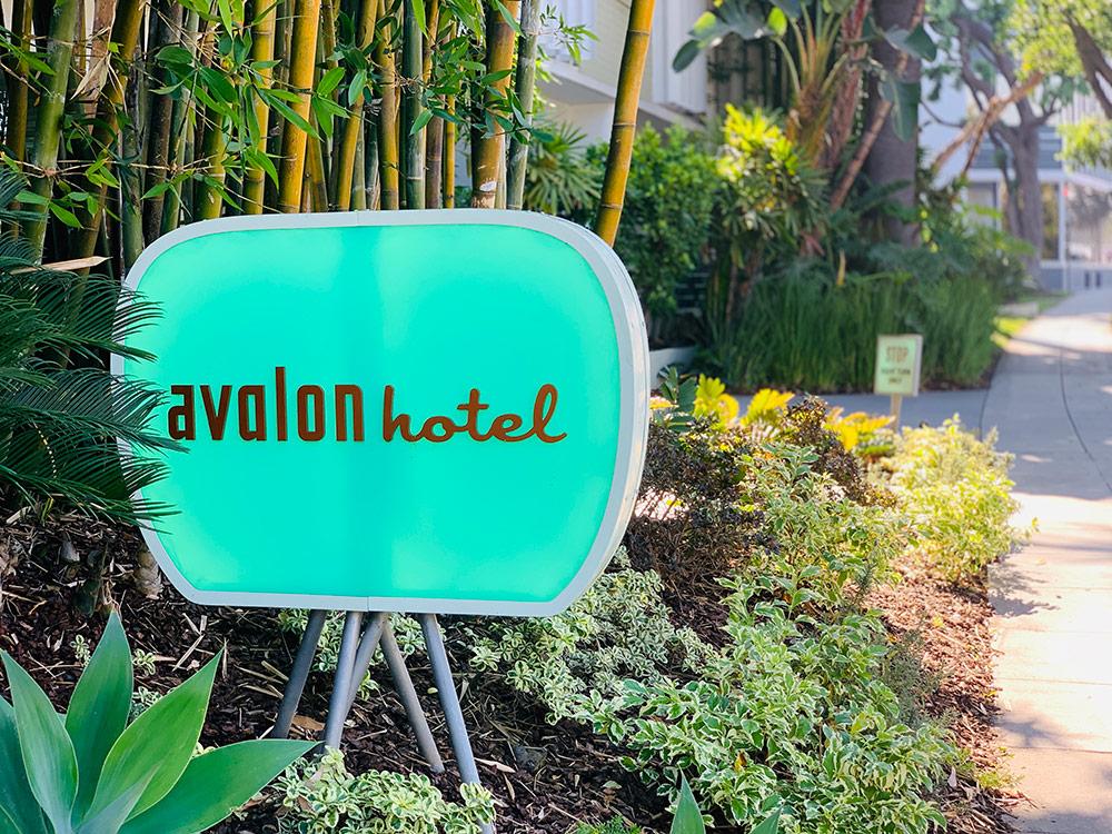 entrée de l'hotel avalon beverly hills