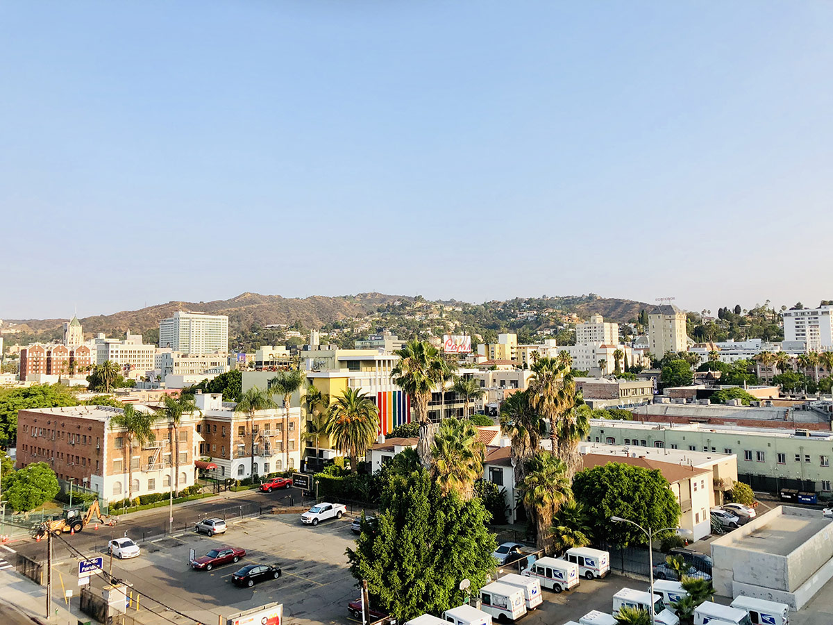 vue rooftop mama shelter los angeles