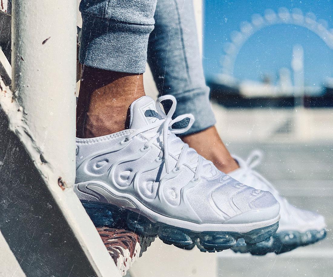 Nike Air VaporMax Plus blanches
