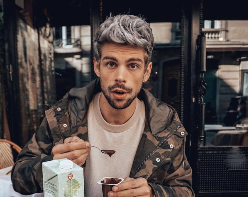raisons colorer cheveux gris homme